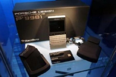 WTS New: BlackBerry Porsche  Design P9881 & iPhone