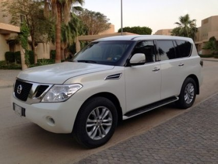 صور 2010 Nissan Patrol LE 5.6L V8 Excellent Condition 2