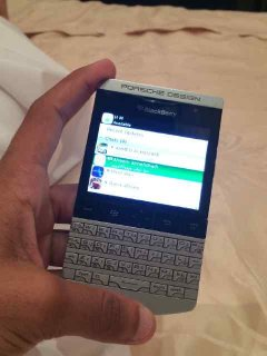 صور Bb Porsche Design with Arabic keyboard And Vip pin (2000 AED) 2