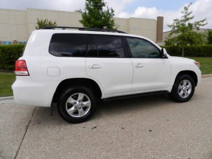 2010 Toyota Land Cruiser Full Options, Accident Free