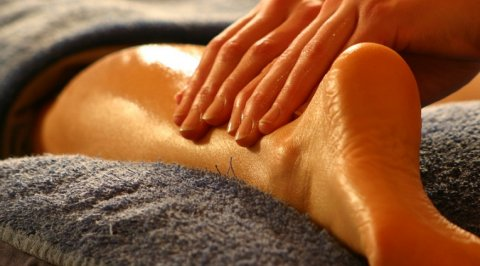 Relaxation Body Oil Massage & Moroccan Bath _  01226247798