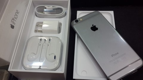 Buy : Apple iPhone 6 16Gb ($380usd) Whatsapp Chat:+32465927383
