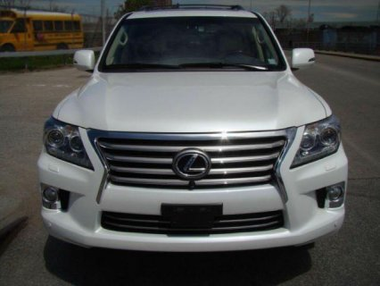URGENT MY 2013 Lexus LX 570 for SALE