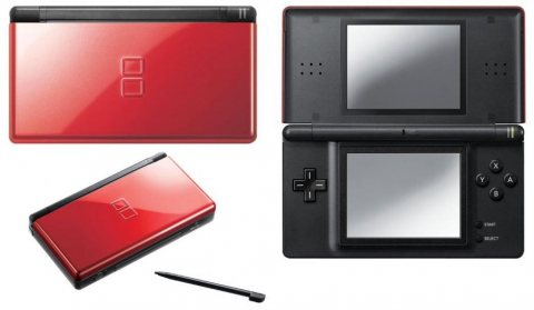Nintendo ds Lite usa new boxed R4 CARD GAMES and accessories