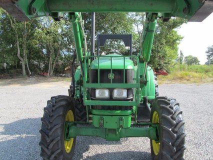 صور John Deere 6230 Diesel Tractor 4 X 4 With ROPS & Loader 85% Tire 2