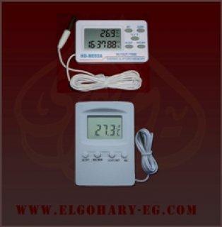 جهاز يقيس درجة الحرارة ديجتال