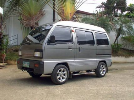 مطلوب سيارات سوزوكي فان بدون سائق للعمل في كبري الشركات