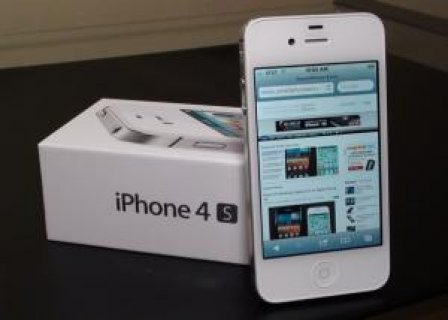 Brand New Apple IPhone 5 64GB/Samsung Galaxy S4/BB Z10
