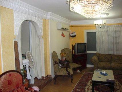 شقة للبيع بالمهندسين بمنطقة شارع شهاب