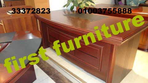 موديلات متعددة من المكاتب والكراسي والأنتريهات للشركات والمكاتب.