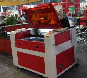 ماكينات ليزر جديدة للبيع بالصندوق 01286644743