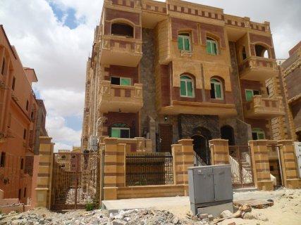 شقة للبيع بالشيخ زايد الحى العاشر 240 م بمدينة 6اكتوبر