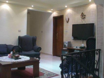 شقة 200م مفروشة للبيع متفرعة من شارع ابو داوود الظاهري مدينة نصر
