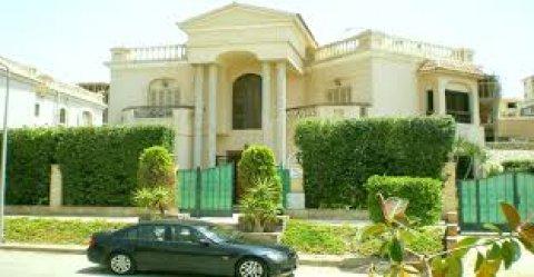 شقة للبيع مساحة 185م فى مدينة الشروق الحى الثالث المجاورة السابع