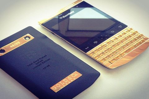 للبيع: Blackberry ( Q5 $300 / Q10 $400 / Z10 $350 & Porche 9981