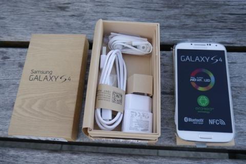Samsung Galaxy S4 I9505 4G LTE Android Unlocked Phone (SIM Free)