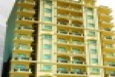 شقة للتمليك بالزمالك ت : 01008521668 - 01002246727
