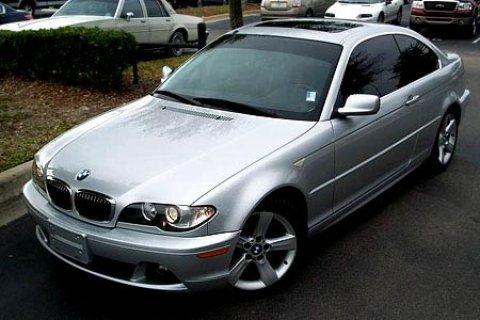 لدي سيارة BMW أنا أقدم
