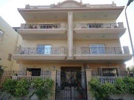 مقر ادارى للايجار بالياسمين دوبلكس بفيلا على شارع رئيسى 300متر م