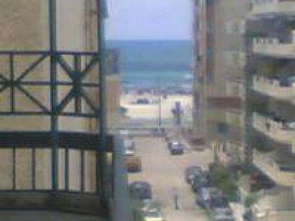 شقة 90 متر بأكتوبر النخيل ش2 / 23 ترى البحر بالعفش