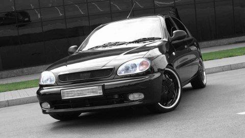 سياره مكيفه 2013 للايجار باسائق ارخص من الاسعار المتداوله