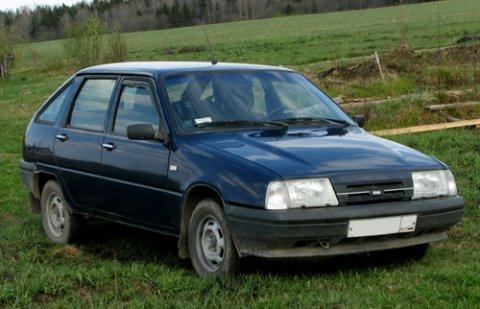 سيارة لادا 2001