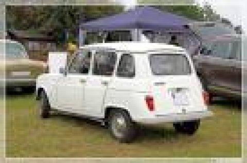 Renault 4 L حالة فابريكة موتور ATI يعنى مافيش سير موتور