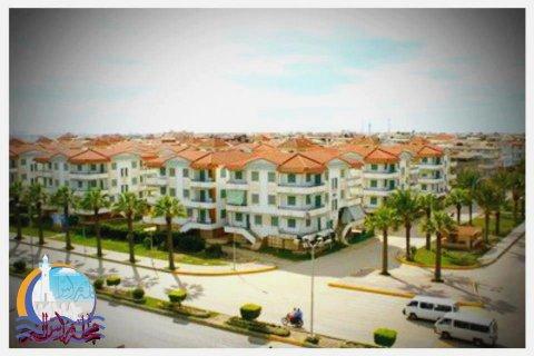شقة 120 بالقرية السياحية راس البر زمان على البحر