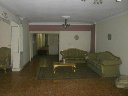 شقة 200م للإيجار سوبر لوكس متفرعة من مكرم عبيد مدينة نصر