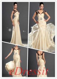 فستان السهرة الرائج الجديد بالدانتيل الأسودللبيع eDressit