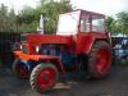 UTB-U 650  جرارات زراعية روماني ولودارات ايطالي PALE GOMMATE