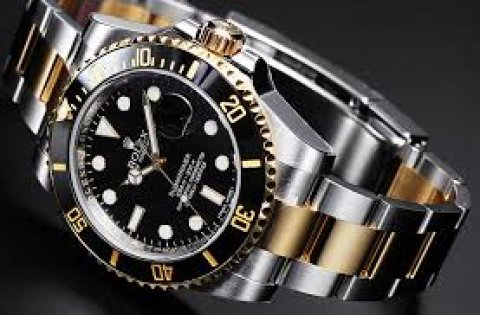 نشترى ساعة Rolex / Omega  Mont Blanc/ Cartier