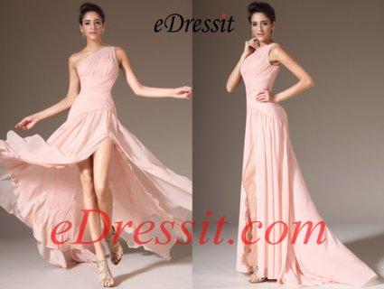 فستان السهرة الوردي بشق طويل