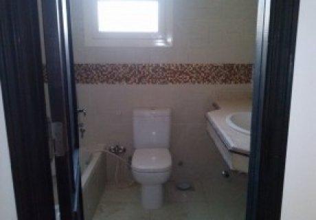 للايجار 120متر بعمارات3\\4 بالحى الرابع غرفتين وريسبشن وحمام ومطب