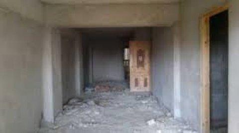 شقه للبيع عمارات الشويفات مساحه230متر 3نوم و3حمام الدور الرابع ع