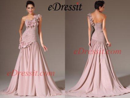 فستان السهرة الجديد بكتف واحد