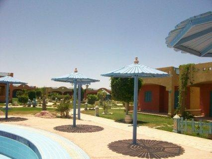 شاليه مساحة 100متر للبيع بقرية رويال بيتش