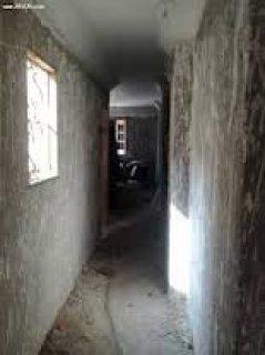 شقه للبيع بالنرجس عمارات مساحه 124متر 2نوم و2حمام ومطبخ وريسبشن