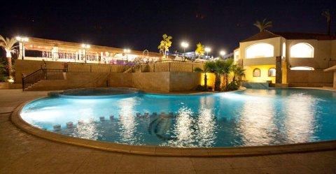 رويال أوسيس شرم الشيخ ( خليج نعمة )  فى أجازة نصف العام