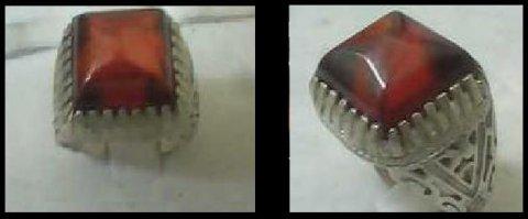 للبيع خاتم من البيروب ( الياقوت الأحمر )