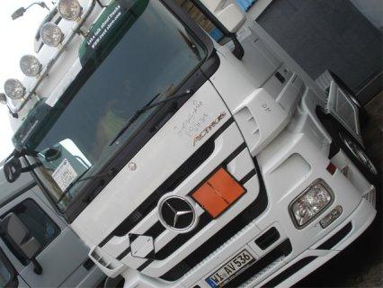 شاحنات مرسيدس اكتروس موديل (2009) بسعر مغري