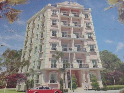 شقة  ثالث نمرة من  شارع شهاب بالمهندسين للبيع