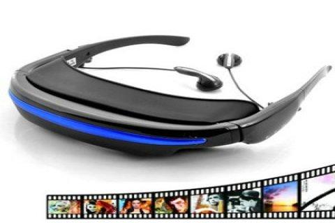 نظارة تعرض فيديو بحجم شاشة السينما