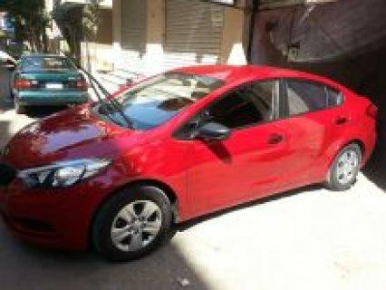 كيا لون احمر رخصة سنتين مؤمن عليها للبيع