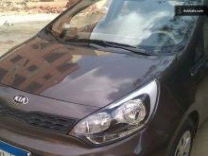 سيارة كيا مانيوال - التغيير لاتوماتيك للبيع