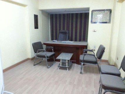 مكتب او عيادة مجهزة للبيع كورنيش النيل البحر الاعظم الجيزة