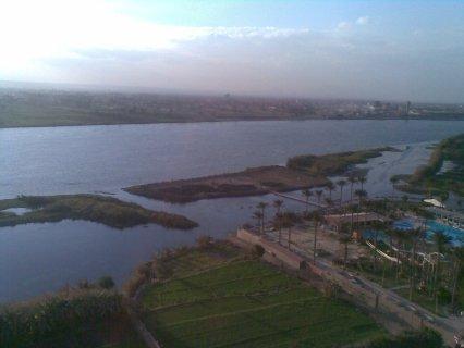 شقة للبيع 135م تانى نمره من كورنيش النيل
