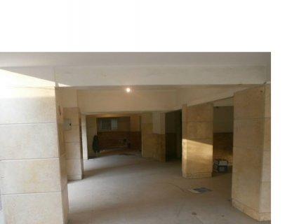 محل 210م للإيجار قرب أول عباس العقاد مدينة نصر