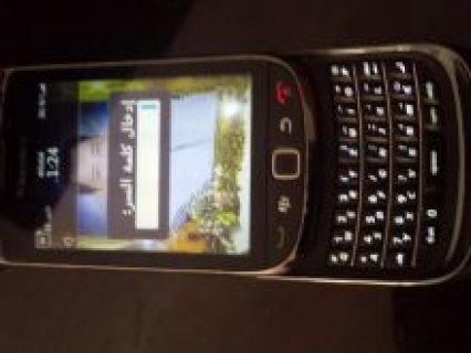 موبايل 8900 blackberry بحالة جيدة جدا للبيع معه الشاحن