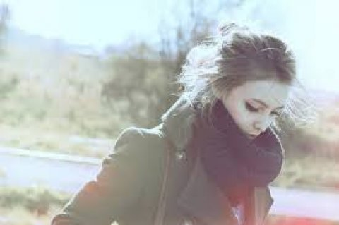 ابحث عن فارس احلامى فتاة رومنسية